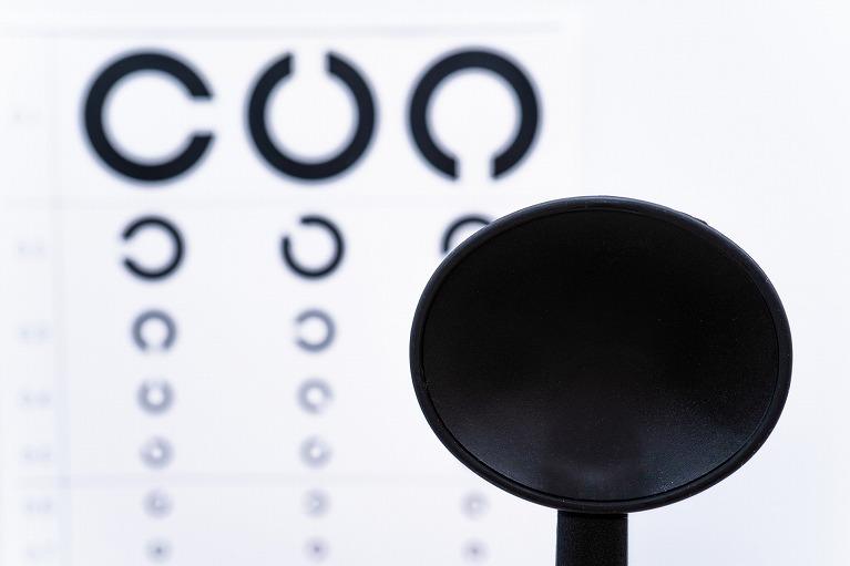 眼鏡やコンタクトレンズの選び方