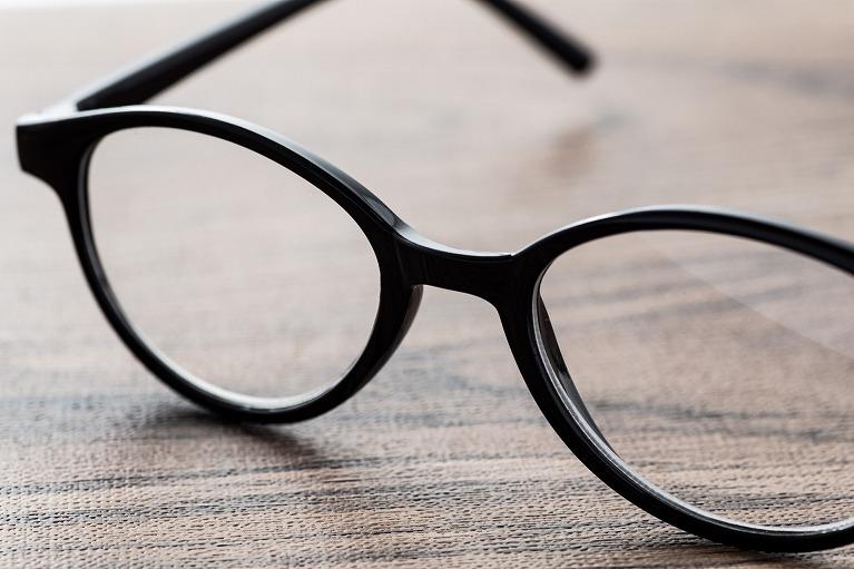 眼鏡やコンタクトレンズから開放されたい方